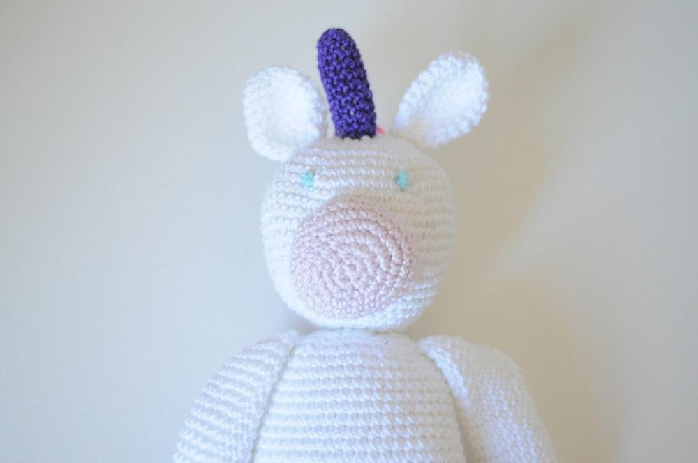 Licorne en crochet fabrication et création artisanale française