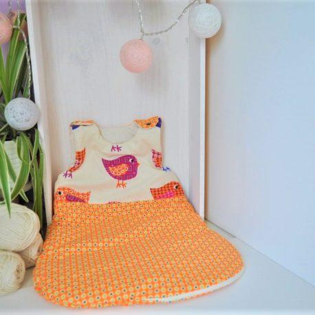 Gigoteuse naissance orange thème oiseau. Tissu oeko-tex. Ouatine en fibre synthétique