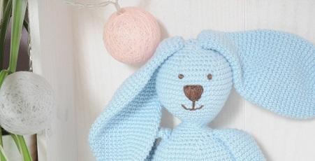 Doudou artisanal oeko-tex en crochet-Bébé Boutchou