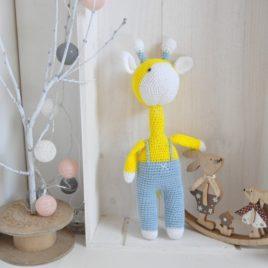 Doudou crochet fait main. Création française artisanale