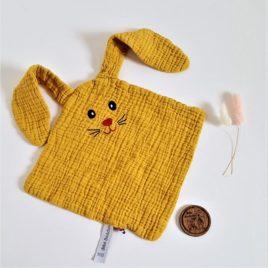Doudou lange lapin moutarde-BbB